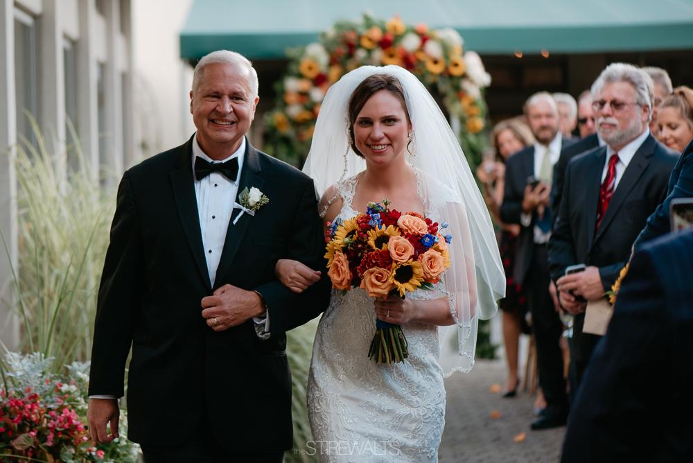 Amanda.Mike.Wedding.blog.©2017.TheStirewalts.Photography.LLC-100.jpg