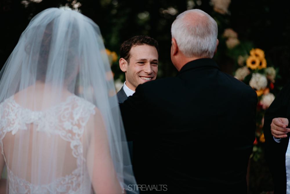 Amanda.Mike.Wedding.blog.©2017.TheStirewalts.Photography.LLC-103.jpg
