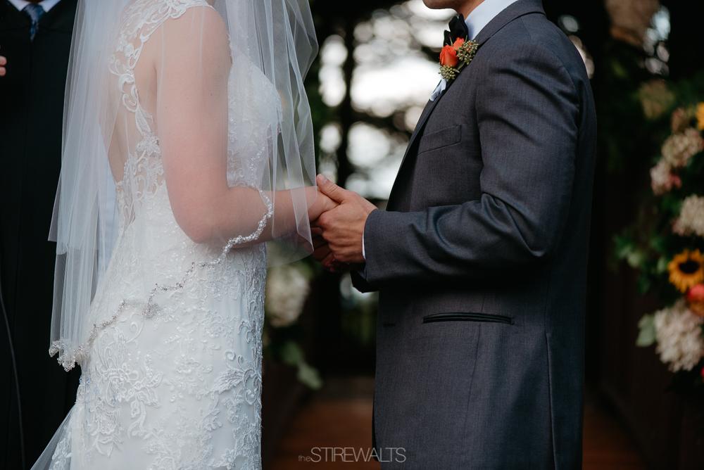 Amanda.Mike.Wedding.blog.©2017.TheStirewalts.Photography.LLC-113.jpg