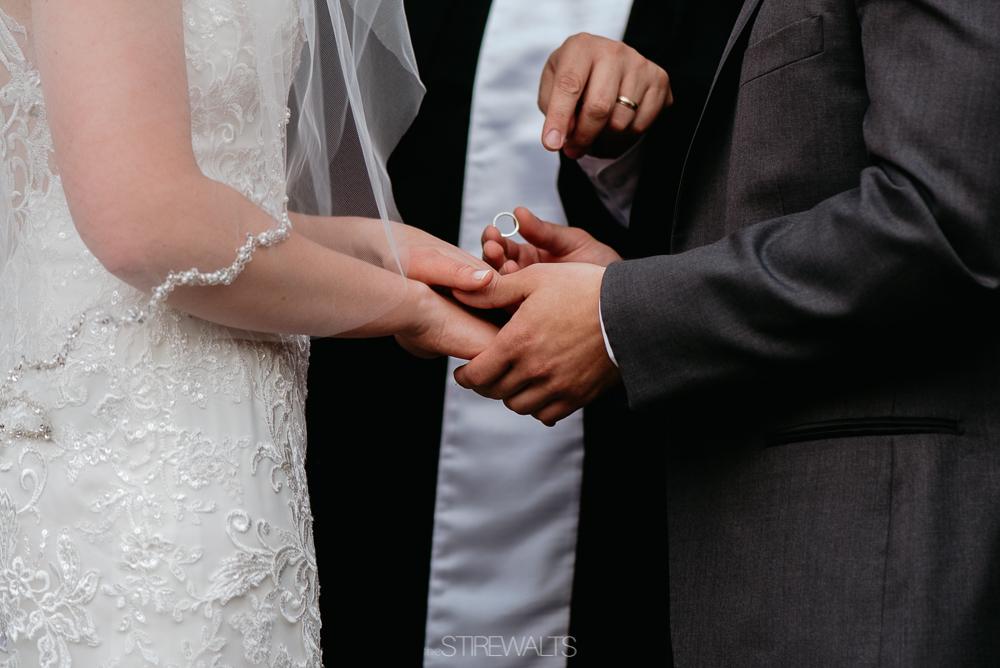 Amanda.Mike.Wedding.blog.©2017.TheStirewalts.Photography.LLC-115.jpg