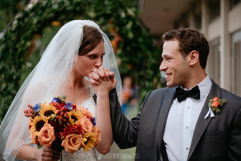 Amanda.Mike.Wedding.blog.©2017.TheStirewalts.Photography.LLC-124.jpg