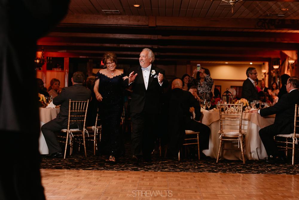 Amanda.Mike.Wedding.blog.©2017.TheStirewalts.Photography.LLC-152.jpg