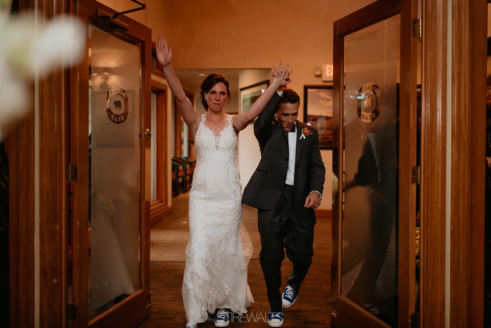 Amanda.Mike.Wedding.blog.©2017.TheStirewalts.Photography.LLC-155.jpg