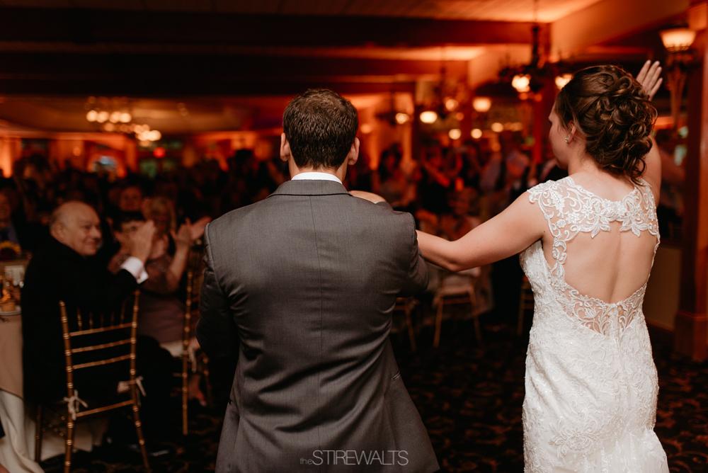 Amanda.Mike.Wedding.blog.©2017.TheStirewalts.Photography.LLC-157.jpg