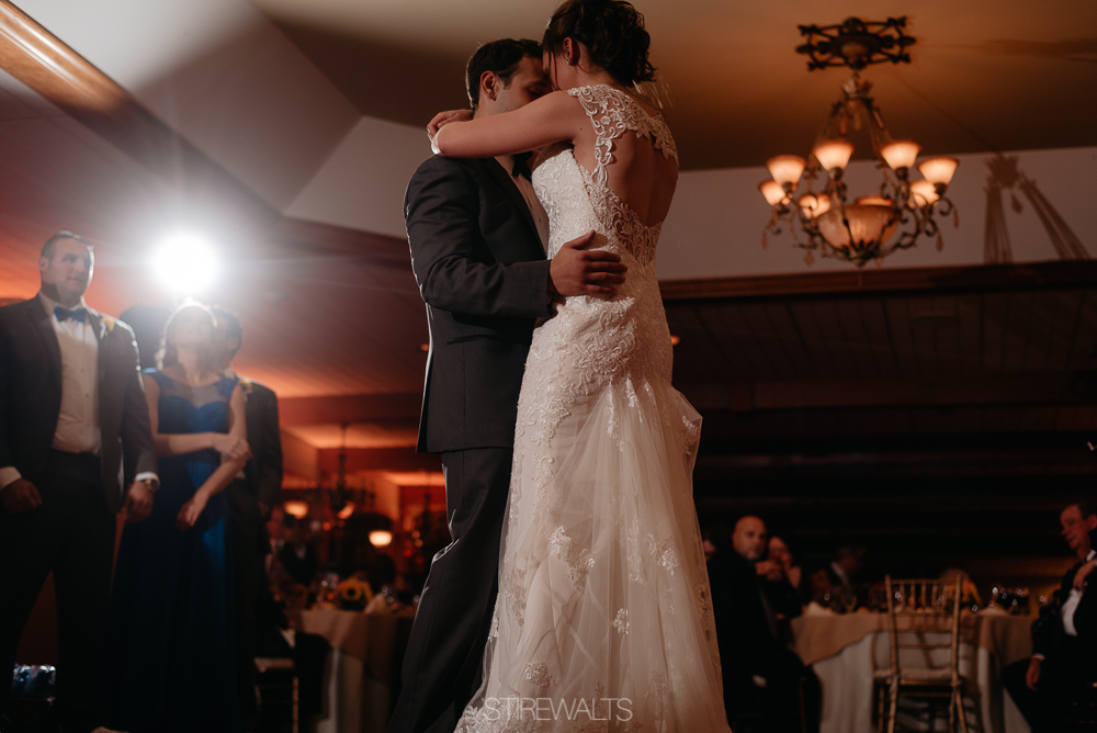 Amanda.Mike.Wedding.blog.©2017.TheStirewalts.Photography.LLC-164.jpg