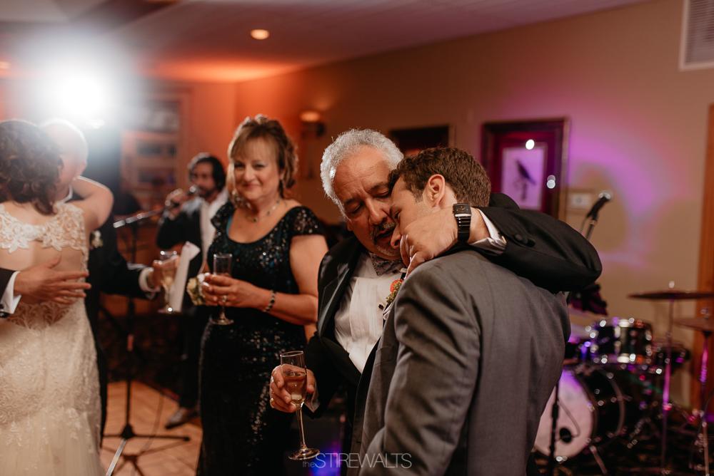 Amanda.Mike.Wedding.blog.©2017.TheStirewalts.Photography.LLC-174.jpg