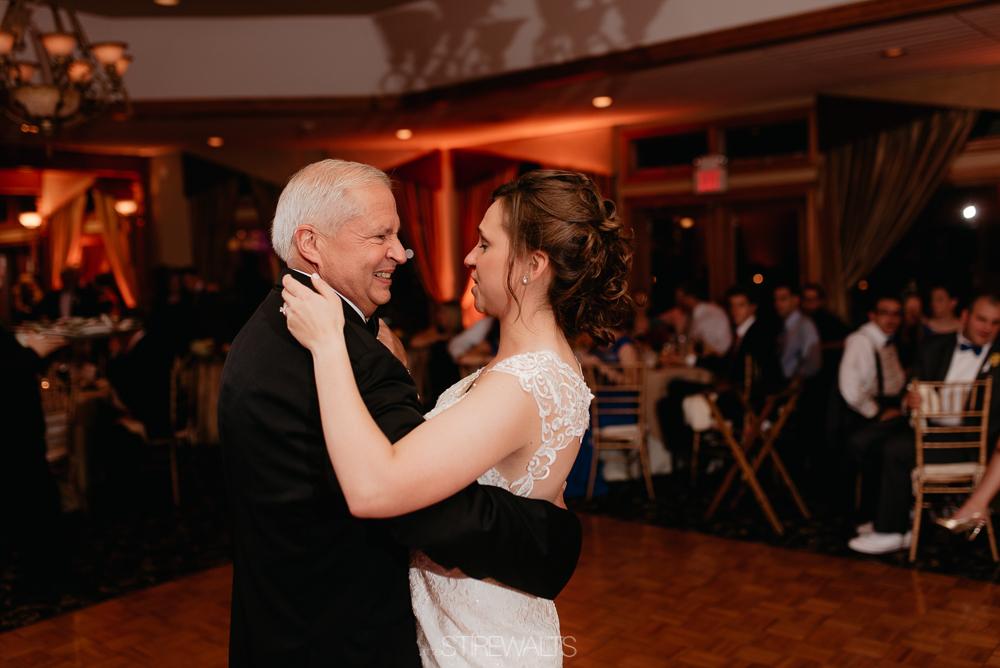 Amanda.Mike.Wedding.blog.©2017.TheStirewalts.Photography.LLC-185.jpg