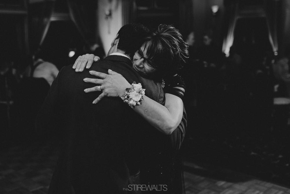 Amanda.Mike.Wedding.blog.©2017.TheStirewalts.Photography.LLC-190.jpg