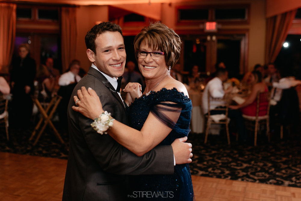 Amanda.Mike.Wedding.blog.©2017.TheStirewalts.Photography.LLC-189.jpg