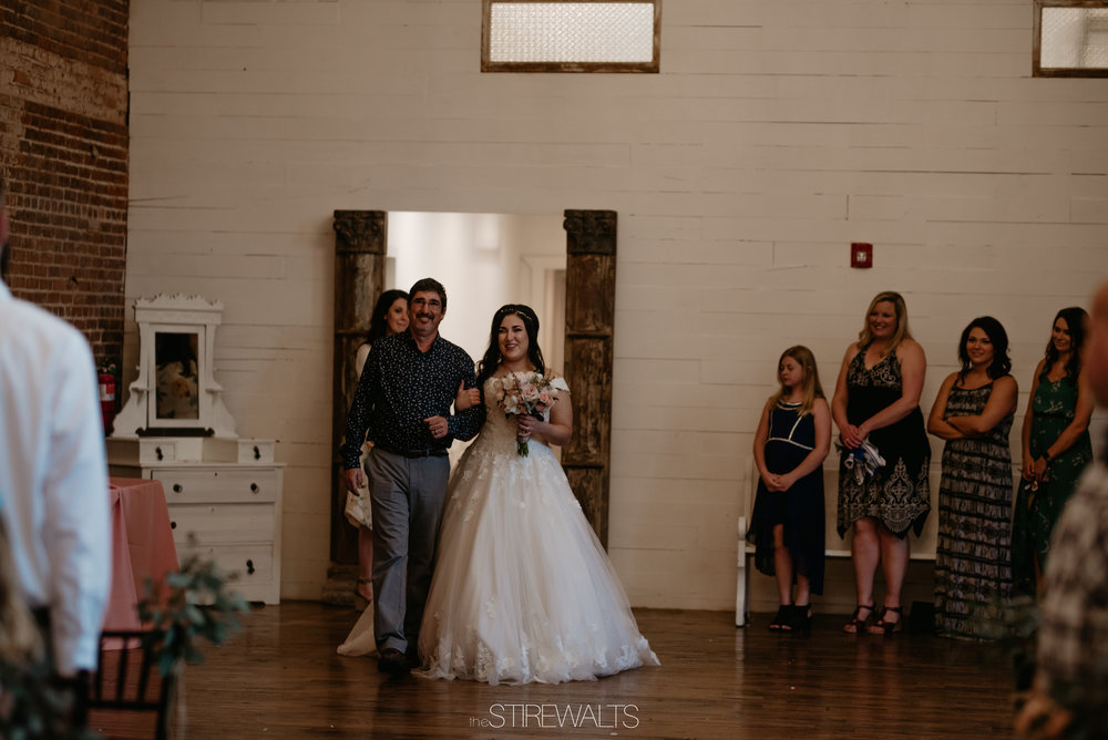 Sara.Jon.Wedding.Blog.2018.©TheStirewalts-53.jpg