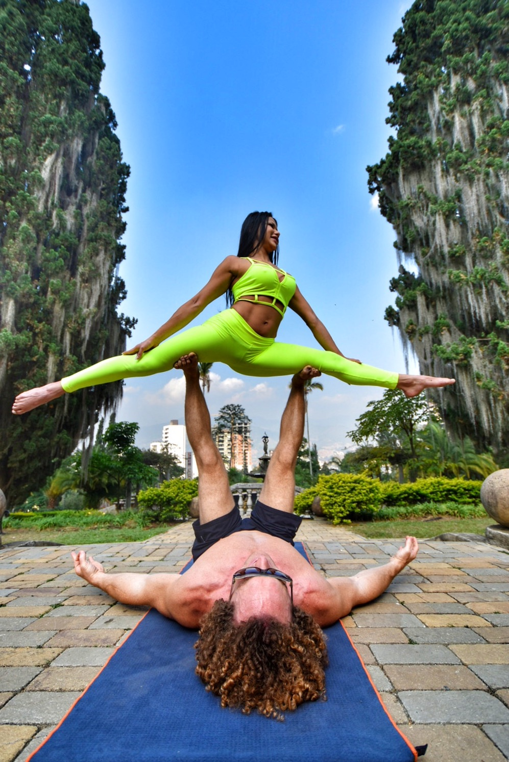 AcroYoga to the Sky 3
