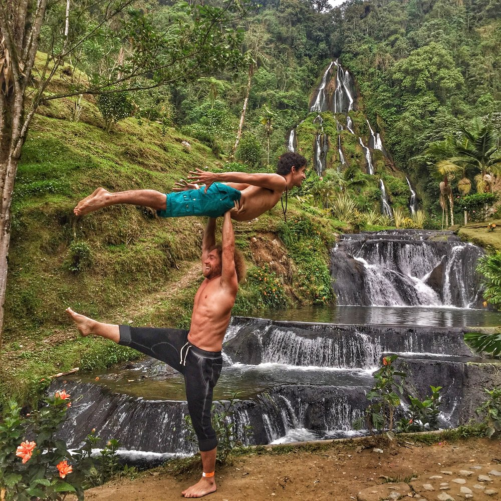 AcroYoga in the Nature 3