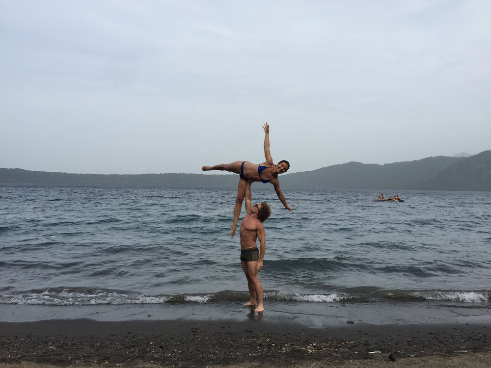AcroYoga by the Ocean 3