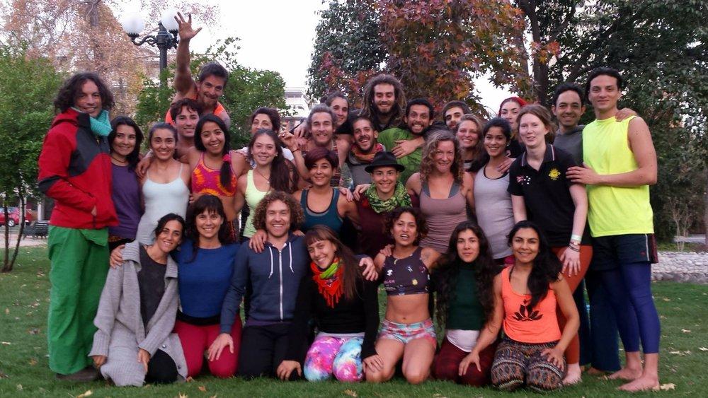 Santiago, Chile AcroYoga Elemental Immersion Mayo 16-20 2015