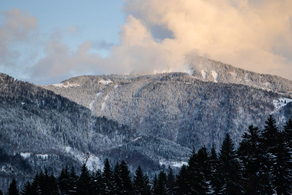 snowviewoutchaletpapillonwindow.jpg