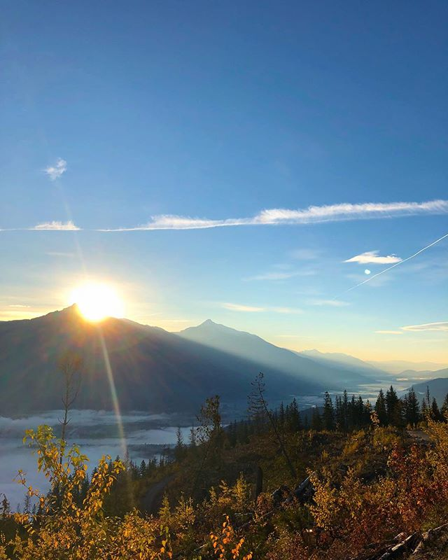 This morning was just too beautiful ☀️ #therealstoke #revelstokeosteopathyandwellness