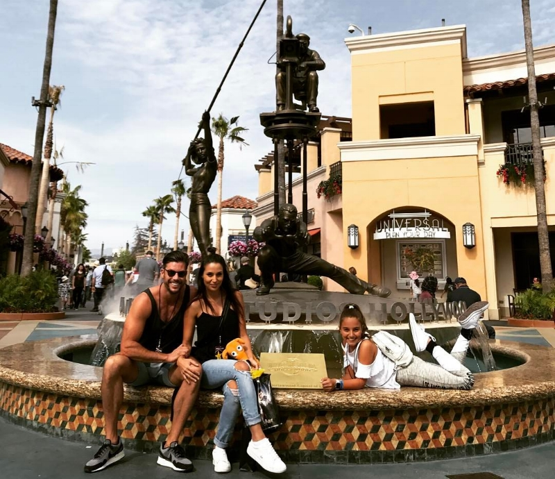 Our tour of Universal Studios had Eve channelling her inner movie star.
