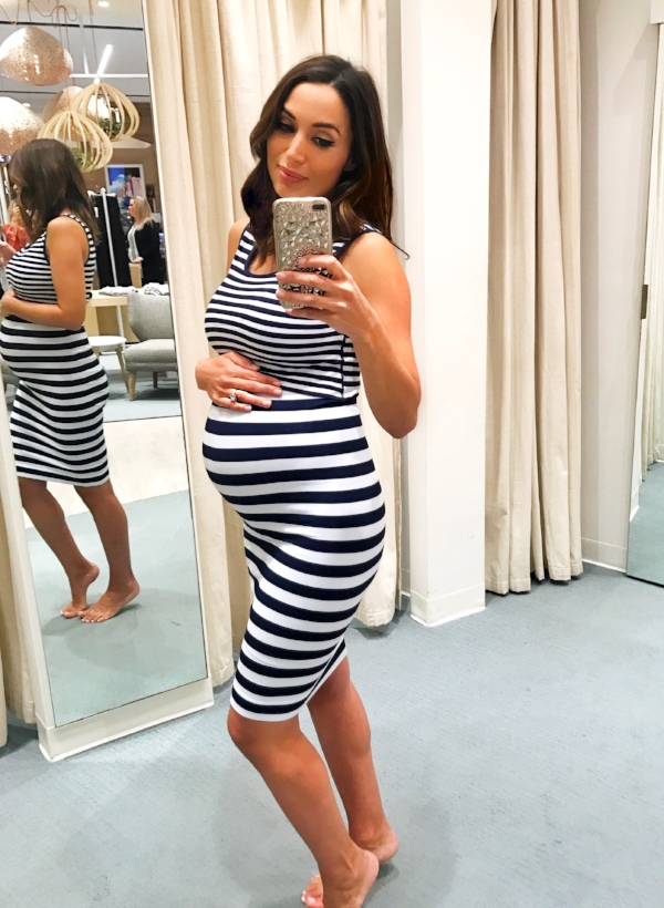 I adore  this dress ! And I can wear it post-pregnancy for nursing too.