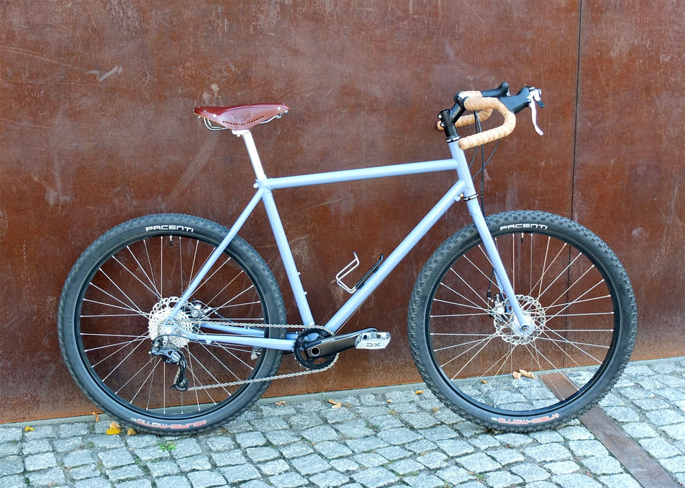 … and the first size M prototype with 650B wheels