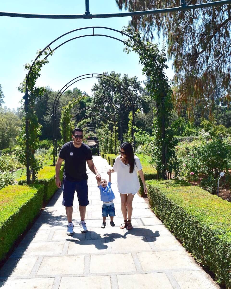 huntington-gardens-library-pasadena-california.jpg