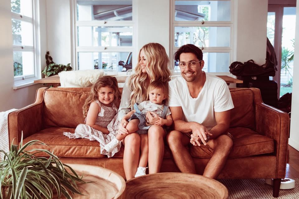 angela-family