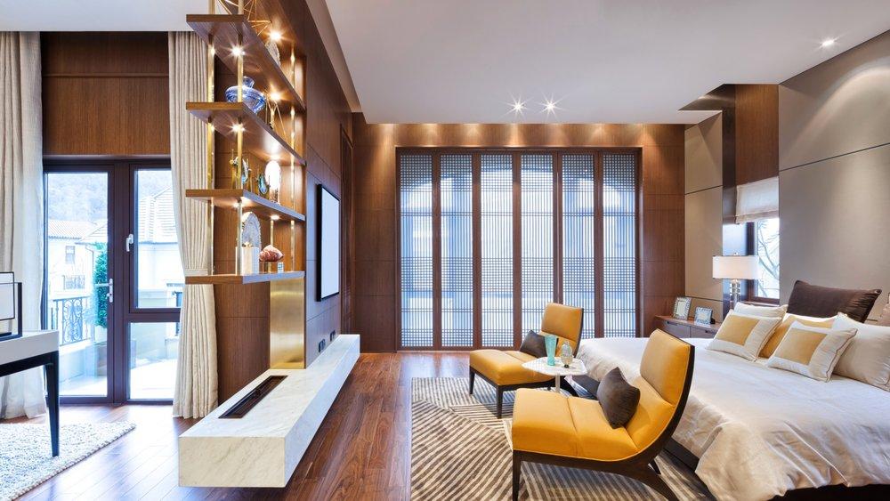 interior-design-bedroom-bed-komnata-spalnia-krovat-balkon-kr.jpg