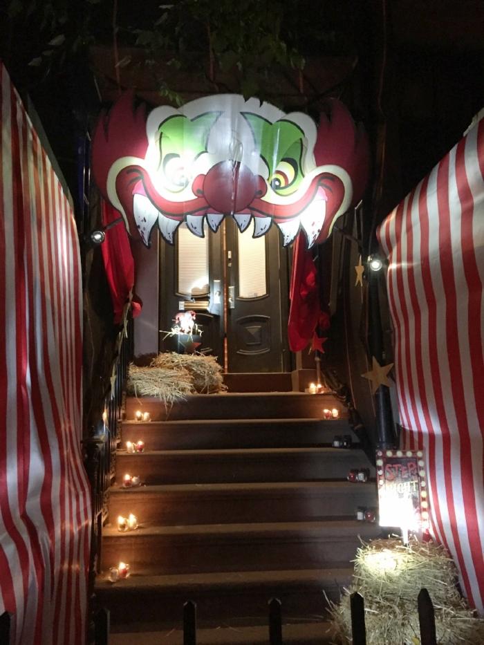 carnevil clown entrance.JPG