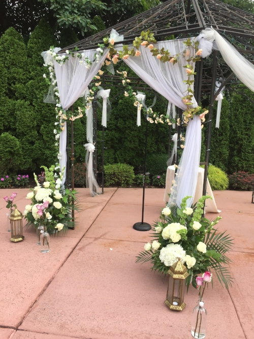 flower canopy Douglaston Manor