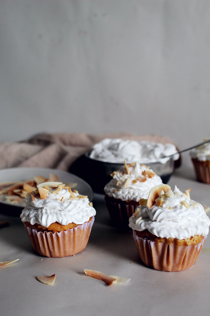 coconutsugarcupcakes4.jpg
