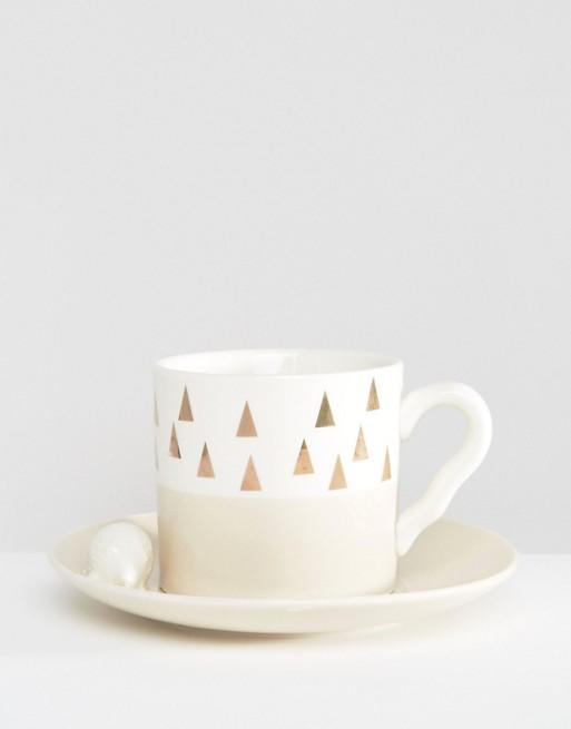 En veldig pen kopp fra Asos til 192.30kr.