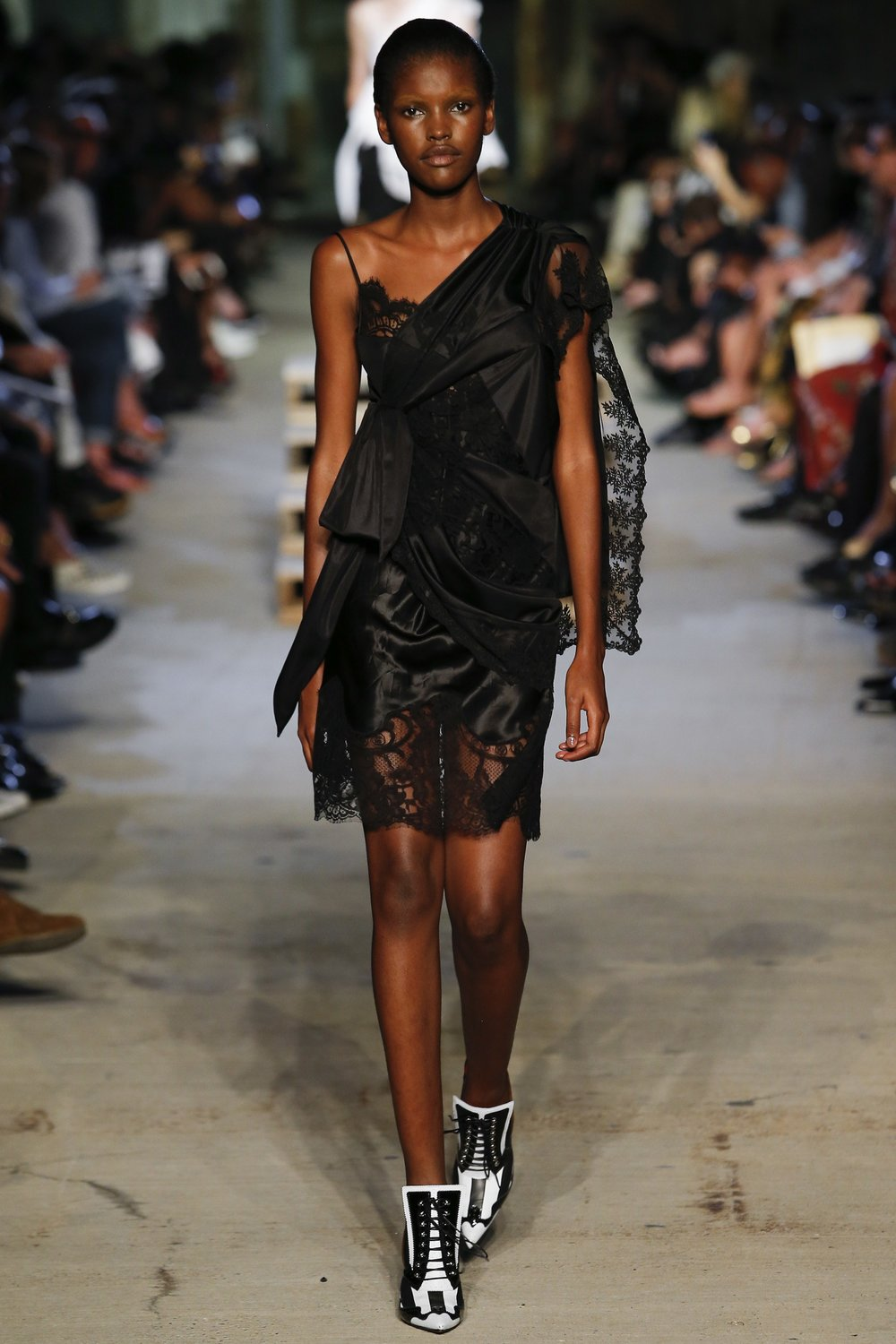 Givenchy Spring 2016 Ready-to-wear