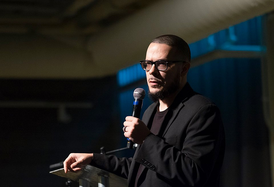 Journalist and activist Shaun King was the keynote speaker at Pillsbury United Communities' (PUC) annual fundraiser on Oct. 23. PUC owns  North News. Photo by David Pierini