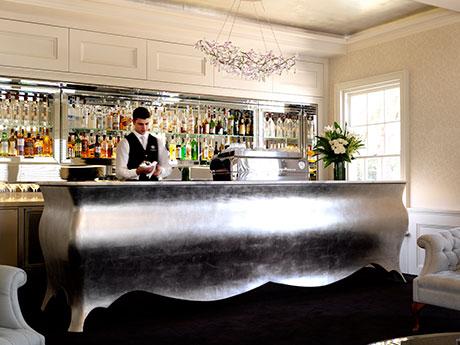 s-1.bartender.jpg