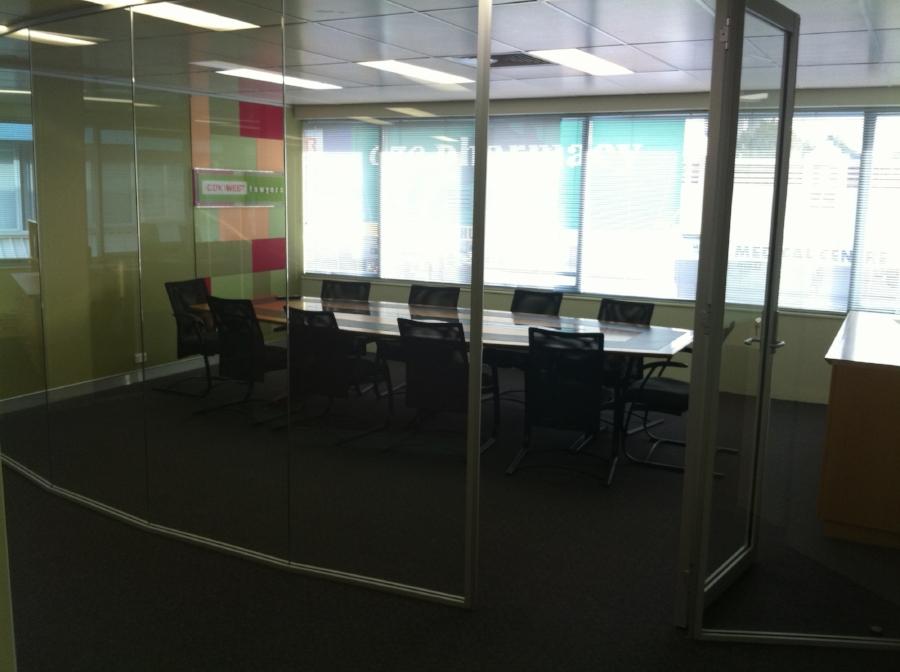 office 004.jpg