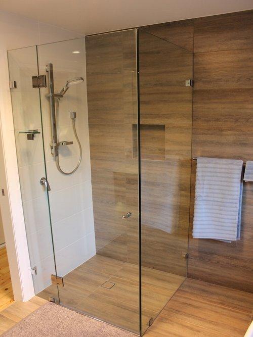 Bathroom+after+2.JPG