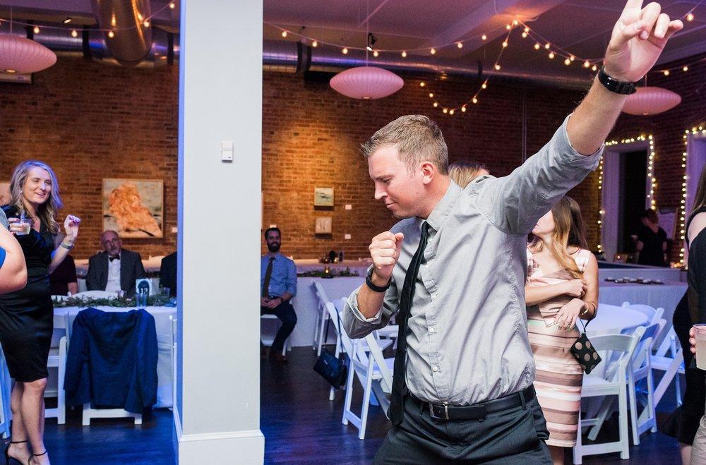 PS_Kansas_City_2016_Main_St_Wedding_0544.jpg