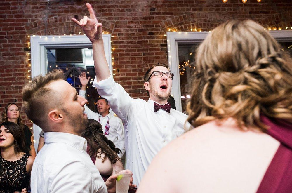 PS_Kansas_City_2016_Main_St_Wedding_0549 (1).jpg