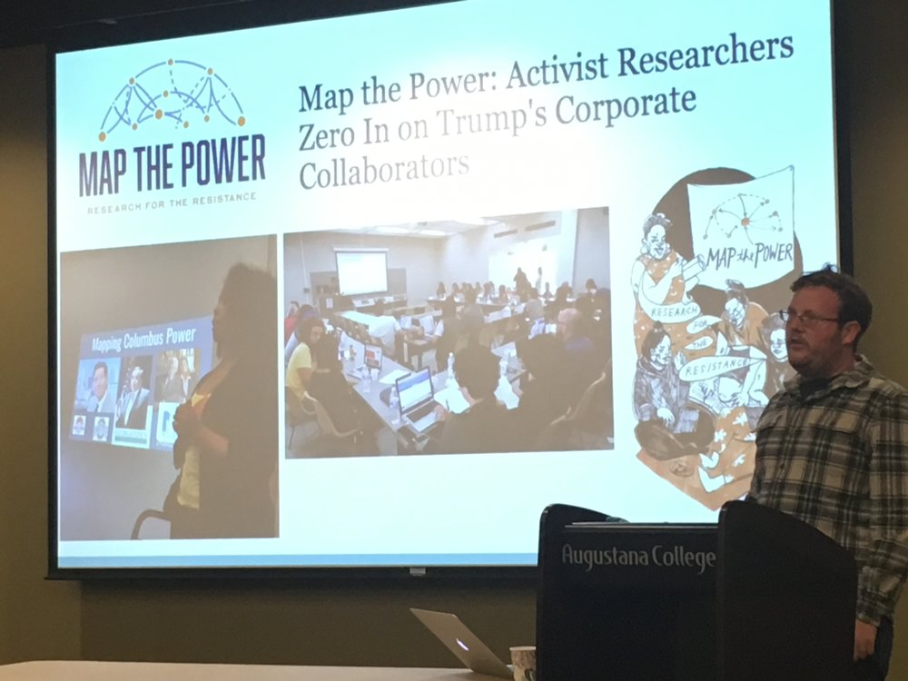 Rob Galbraith, senior research analyst for the Public Accountability Initiative, leads the Map the Power: Quad Cities workshop.