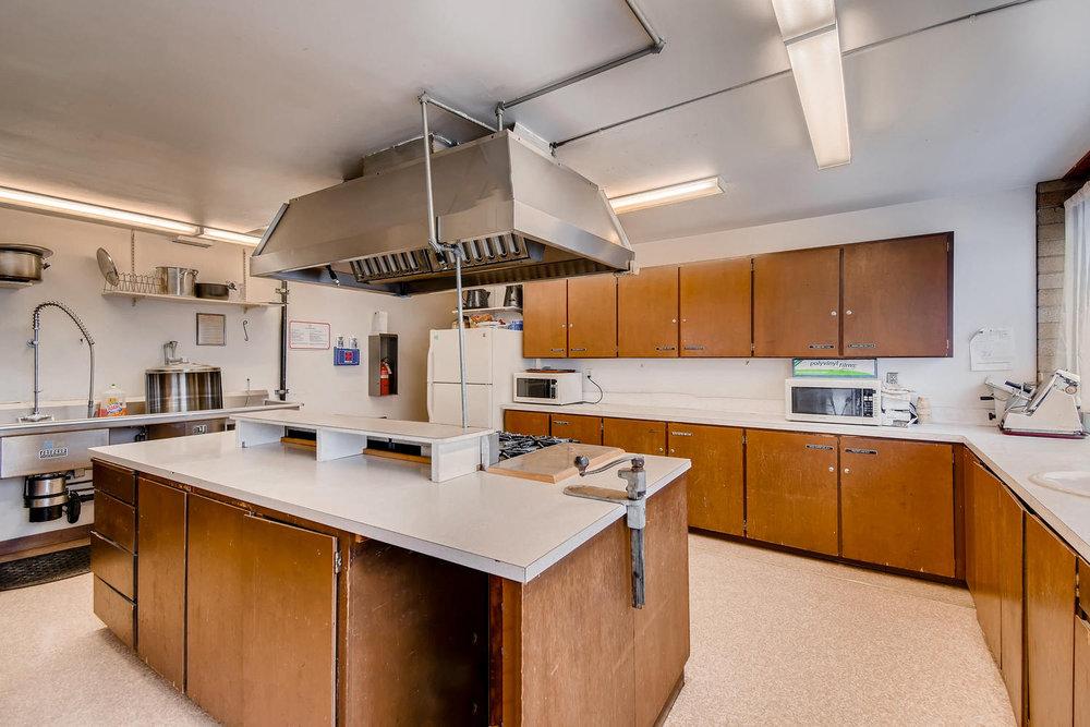 505 Williams Ave S Renton WA-large-021-22-Kitchen Facilities-1499x1000-72dpi.jpg