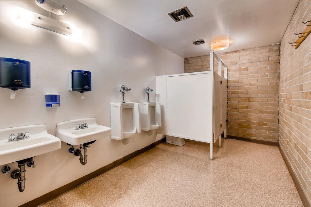 505 Williams Ave S Renton WA-large-027-21-Bathroom-1499x1000-72dpi.jpg