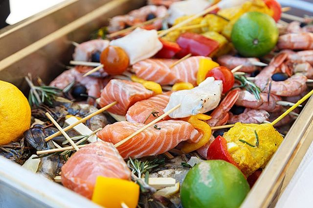 Firing up the barbie this weekend? Instead of hamburgers and hot dogs, try this healthy alternative instead! https://blog.vida.com/blog/2017/5/24/memorial-day-recipe-grilled-salmon-vegetable-kebabs . . . . #healthyrecipes #vidahealth #vidacoachesrock #ilovemyvidacoach