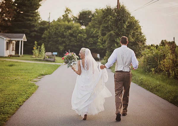 Julia & Christopher | Kentucky Bride magazine Real Kentucky Wedding Blog Feature | Photos by Dani Ford Photography