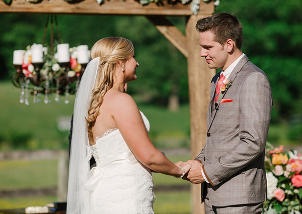 Alexis & Hunter | Kentucky Bride magazine Real Kentucky Wedding Blog Feature | Photos by Todd Pellowe Photography