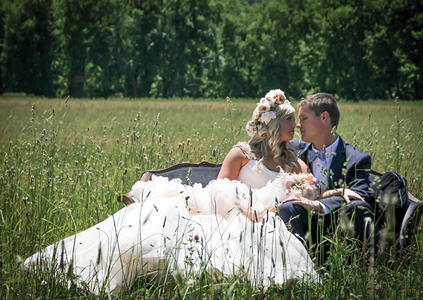 Lauren & Matthew | Kentucky Bride magazine Real Kentucky Wedding blog feature | Photos by Studio K