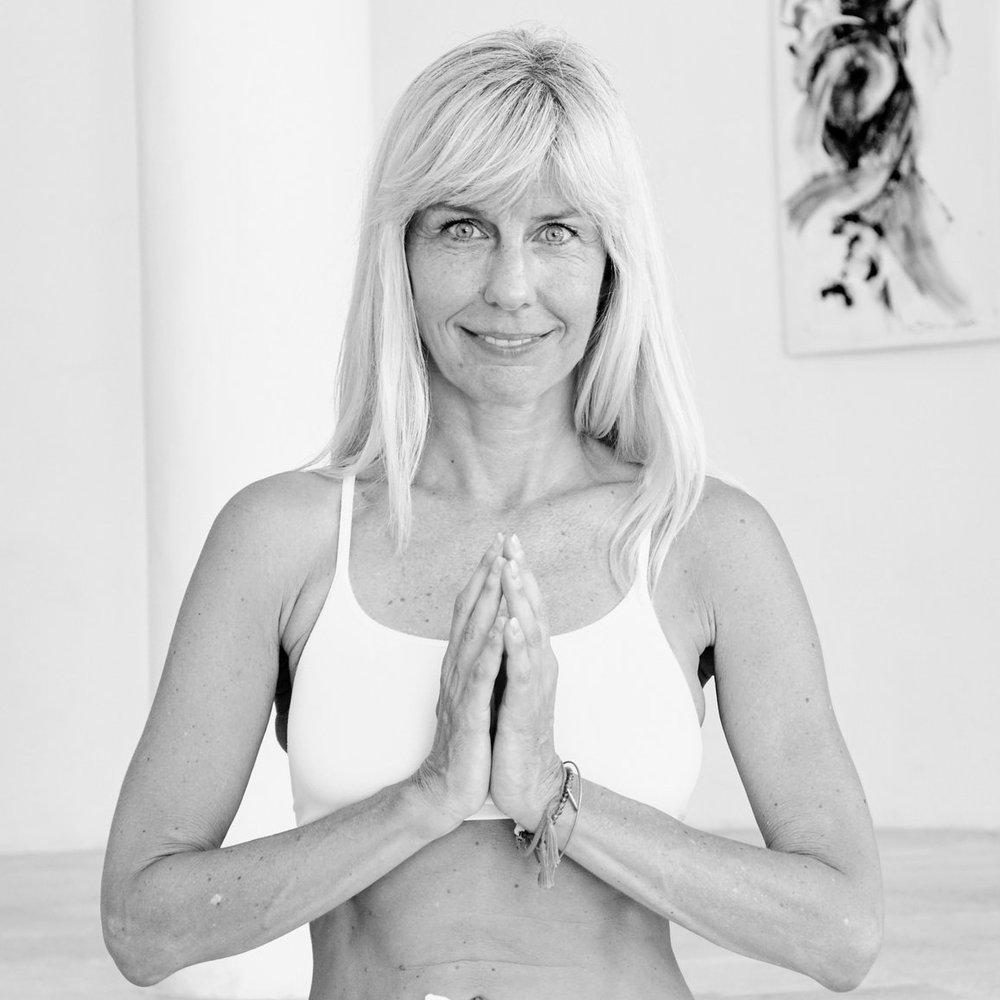 Nicole Rudschinat - Director & TEACHER TRAINER YOGA / PILATES / AERIAL FLOW (DE/EN)Certifications:• 800H Jivamukti NYC Yoga Certificate• Pilates on 5th Pilates Certificate• Anti Gravity Yoga New York Certificate • 200H Y4ALL Lead Instructor • 100H Y4ALL Yoga Advanced Mentor• 50H Y4ALL Pilates Lead Instructor• 50H Y4ALL Aerial Yoga Lead Instructor• E-RYT 200