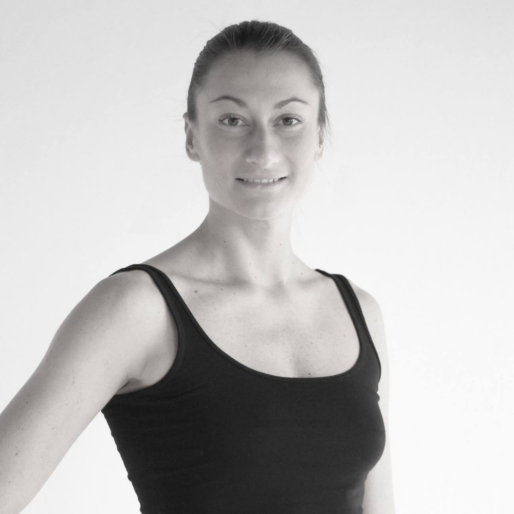 Iga Kowalczyk - teacher                                       YOGA (DE/EN)CERTIFICATIONS:• Y4ALL 200H Yoga Certificate