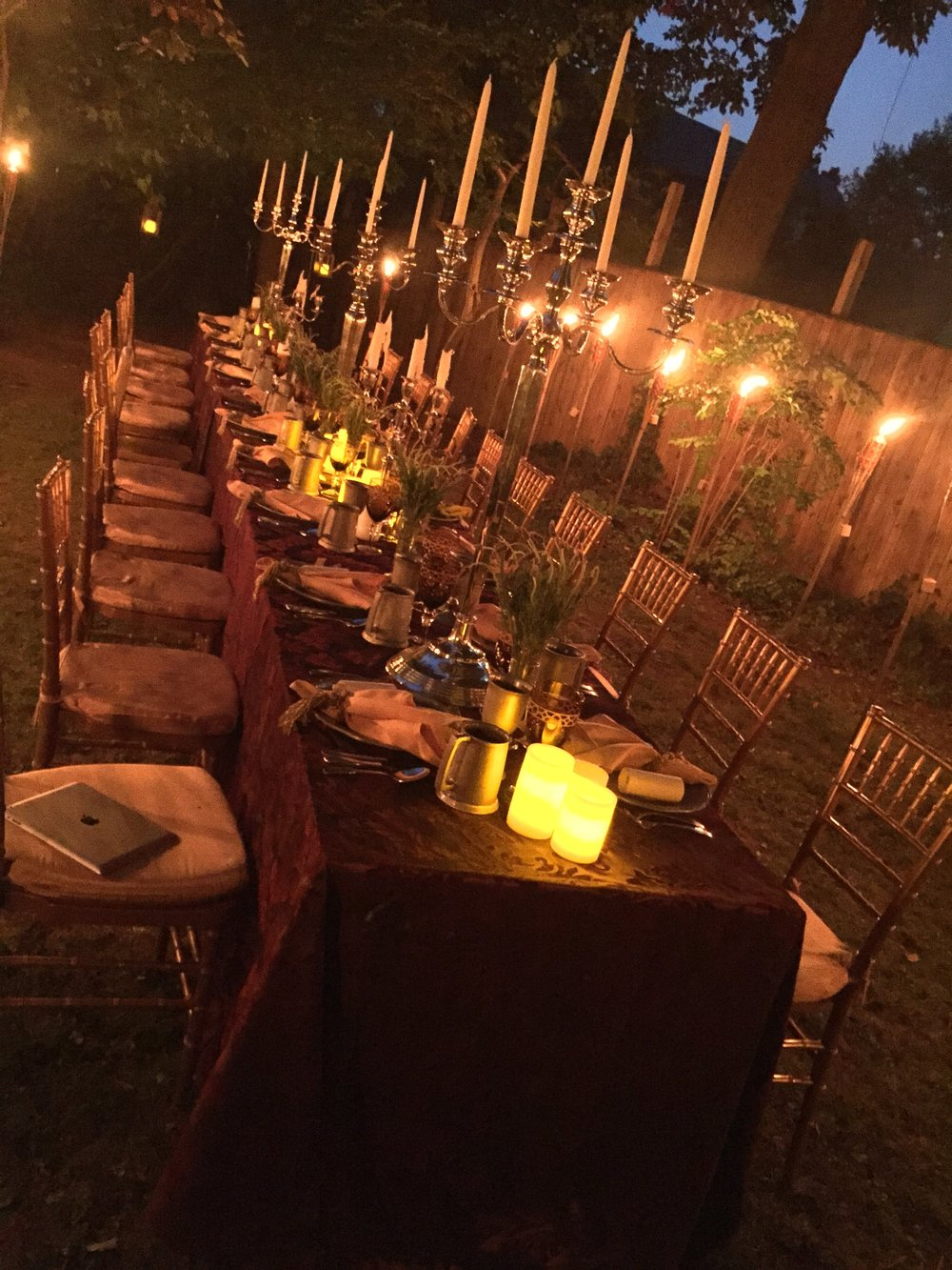 outdoor-dinner-candles.jpg