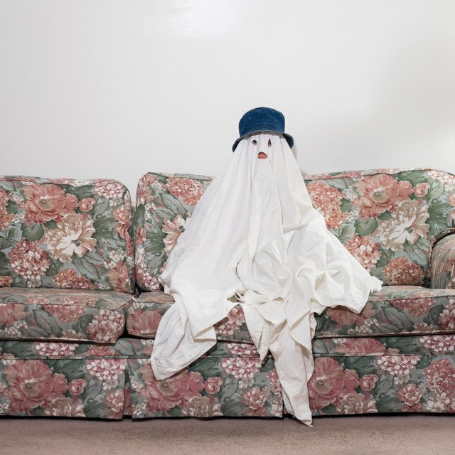 """Album Cover: Chastity Belt """"Joke"""" - What are the chances of it being a Ghost? Really!"""