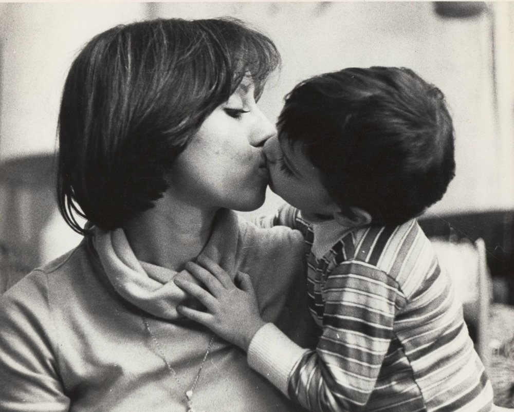 Louis F. Cruz Photography, Me, Before the Lies, Kissing my Mom