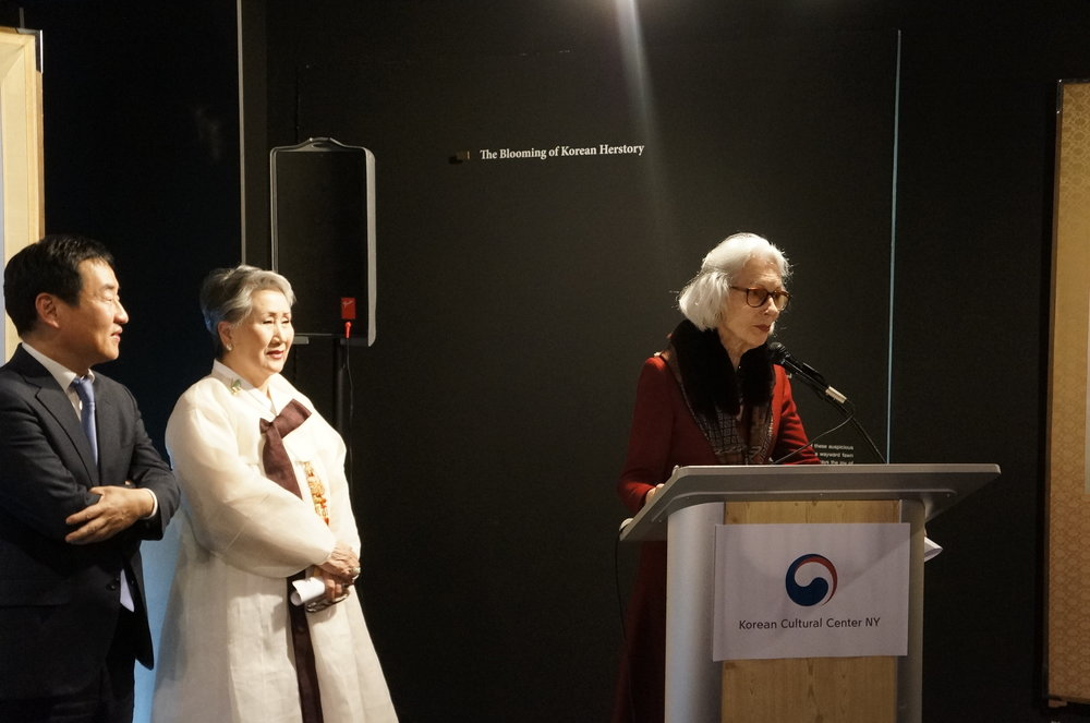사진 4. 오승제 뉴욕한국문화원장, 정영양 박사, Barbara Tober(Chairman Emerita, Board of Trustees of The Museum of Arts and Design).JPG